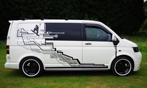 VW T5 Mk1 Holecustoms